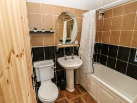 15 Maes Y Mor - Anglesey - 1079821 - thumbnail photo 24