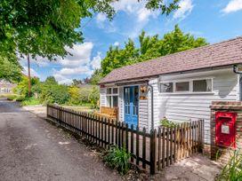 Shepherds Cottage - Kent & Sussex - 1079930 - thumbnail photo 3