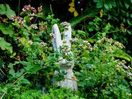 Whincroft - Devon - 1080028 - thumbnail photo 35