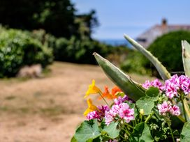 Quarry Cottage - Cornwall - 1080251 - thumbnail photo 18