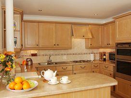 Guelder Rose - Cornwall - 1080269 - thumbnail photo 2