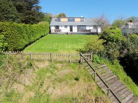 Porthilly Brook - Cornwall - 1080289 - thumbnail photo 9