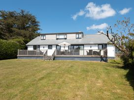 Porthilly Brook - Cornwall - 1080289 - thumbnail photo 21