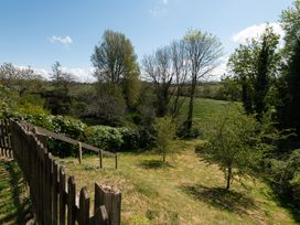 Porthilly Brook - Cornwall - 1080289 - thumbnail photo 25