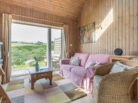 Cartway Cabin - Cornwall - 1080311 - thumbnail photo 2