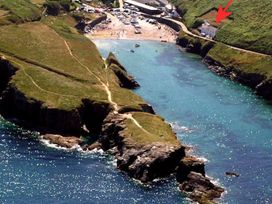 Rockies - Cornwall - 1080361 - thumbnail photo 2