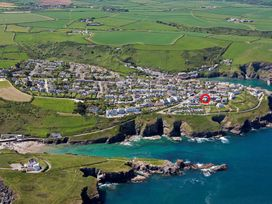 Seaspray - Cornwall - 1080381 - thumbnail photo 9