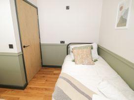 Lodge 19 - North Wales - 1080489 - thumbnail photo 12