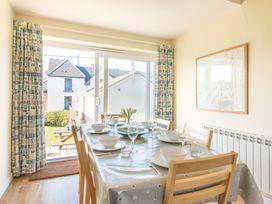 The Holiday House (2 Atlantic Mews) - Cornwall - 1080501 - thumbnail photo 3