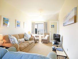 The Holiday House (2 Atlantic Mews) - Cornwall - 1080501 - thumbnail photo 4