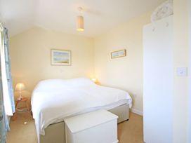 The Holiday House (2 Atlantic Mews) - Cornwall - 1080501 - thumbnail photo 5