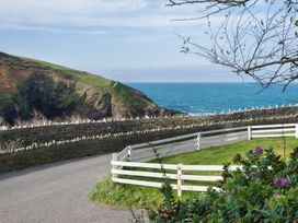 Beehive Cottage - Cornwall - 1080573 - thumbnail photo 13