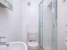 St Martins Apartment - Cornwall - 1080604 - thumbnail photo 9
