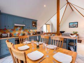 Alpine Lodge - Cornwall - 1080607 - thumbnail photo 4