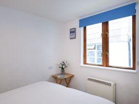 Ground Floor Flat, Stanley House - Cornwall - 1080685 - thumbnail photo 15