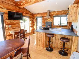 Cedar Cabin - Cotswolds - 1080941 - thumbnail photo 7
