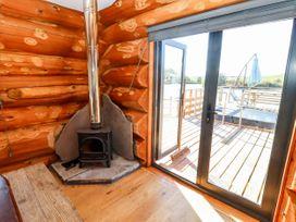 Cedar Cabin - Cotswolds - 1080941 - thumbnail photo 8