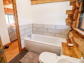 Cedar Cabin - Cotswolds - 1080941 - thumbnail photo 13