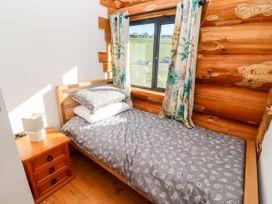 Cedar Cabin - Cotswolds - 1080941 - thumbnail photo 12
