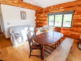 Cedar Cabin - Cotswolds - 1080941 - thumbnail photo 9
