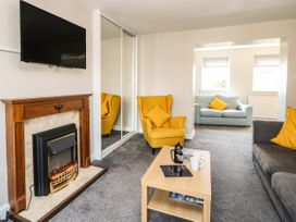 The Collingwood Apartment A - Northumberland - 1081136 - thumbnail photo 4