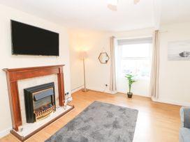The Collingwood Apartment B - Northumberland - 1081137 - thumbnail photo 3