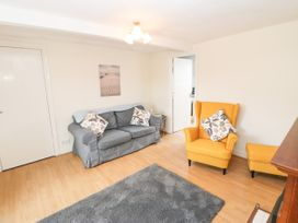 The Collingwood Apartment B - Northumberland - 1081137 - thumbnail photo 4