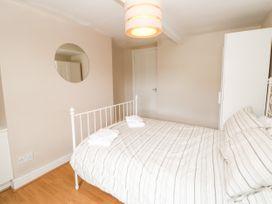 The Collingwood Apartment B - Northumberland - 1081137 - thumbnail photo 8