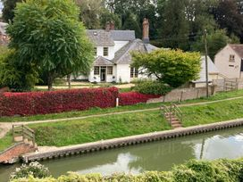 The White House - Somerset & Wiltshire - 1081204 - thumbnail photo 1
