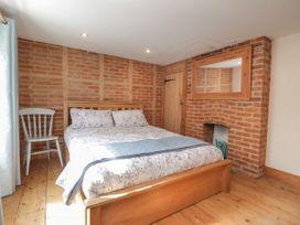 Rose Cottage - Kent & Sussex - 1081528 - thumbnail photo 11