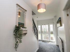8 Coronation Avenue - North Yorkshire (incl. Whitby) - 1081722 - thumbnail photo 6
