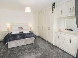 8 Coronation Avenue - North Yorkshire (incl. Whitby) - 1081722 - thumbnail photo 22