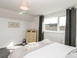 8 Coronation Avenue - North Yorkshire (incl. Whitby) - 1081722 - thumbnail photo 25