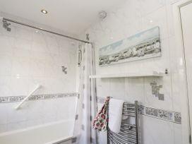 8 Coronation Avenue - North Yorkshire (incl. Whitby) - 1081722 - thumbnail photo 33