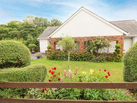 Charlecote House - South Wales - 1081734 - thumbnail photo 1
