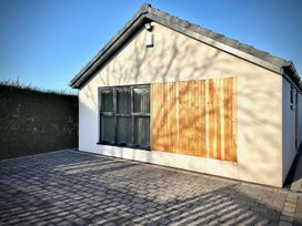 1 bedroom Cottage for rent in Blackburn