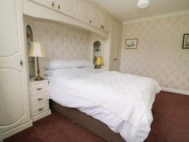 The Corner Bungalow - North Yorkshire (incl. Whitby) - 1082200 - thumbnail photo 11