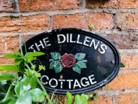 The Dillen's Cottage - Cotswolds - 1082750 - thumbnail photo 3