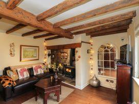 The Dillen's Cottage - Cotswolds - 1082750 - thumbnail photo 5