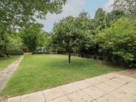 The Limes - Central England - 1082933 - thumbnail photo 26