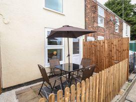 Kathy's Cottage - Norfolk - 1083066 - thumbnail photo 13