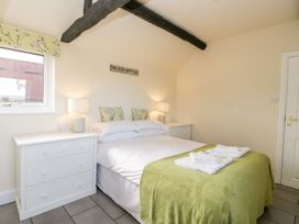 Cowshed Cottage - North Yorkshire (incl. Whitby) - 1083542 - thumbnail photo 7