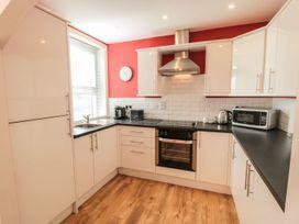 Flat 2, Mindello House - North Yorkshire (incl. Whitby) - 1083631 - thumbnail photo 5
