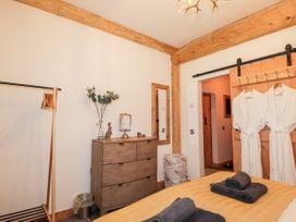 Pine Marten Lodge - Scottish Highlands - 1084022 - thumbnail photo 12