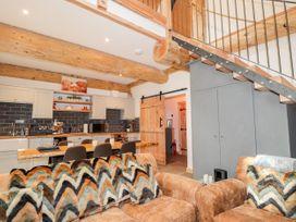Pine Marten Lodge - Scottish Highlands - 1084022 - thumbnail photo 8
