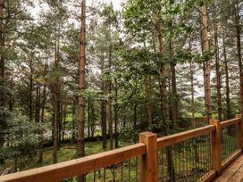 Pine Marten Lodge - Scottish Highlands - 1084022 - thumbnail photo 23