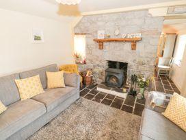 Lakeside Cottage - North Wales - 1084090 - thumbnail photo 6