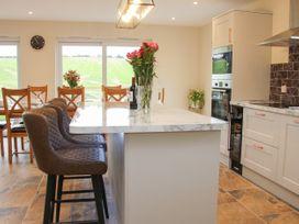 Holly Lodge - Mid Wales - 1084325 - thumbnail photo 9