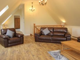 Holly Lodge - Mid Wales - 1084325 - thumbnail photo 18