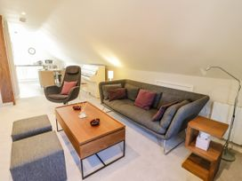 The Studio at Church House - Cotswolds - 1084375 - thumbnail photo 3